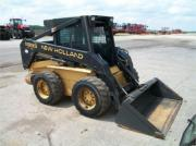 NEW HOLLAND Lx 885